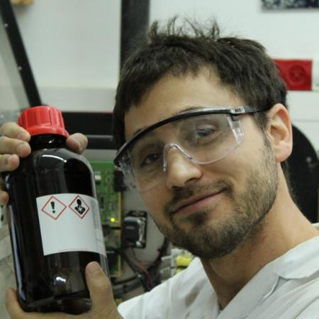 Oded at the lab