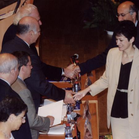 Shlomo and Yelena receiving the Kay prize, 2005