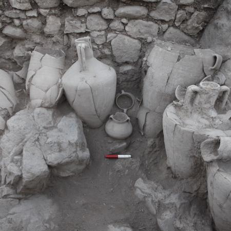 A storage room excavated in area E (Tal Rogovski)