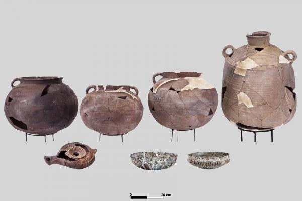 An early 2nd century CE assemblage of vessels (T. Rogovsky)