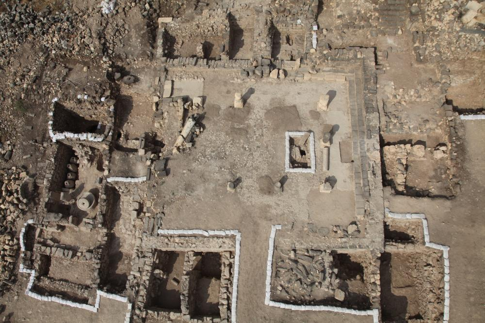 "Aerial view of the ""Galilean"" synagogue, looking west (Photo: I. Arbel)"